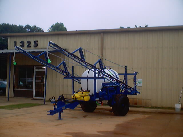 C & C Equipment Sales - New and Used Fertilizer Spreaders